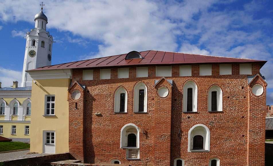 Экскурсия по Кремлю, Владычной палате и Ярославову Дворищу
