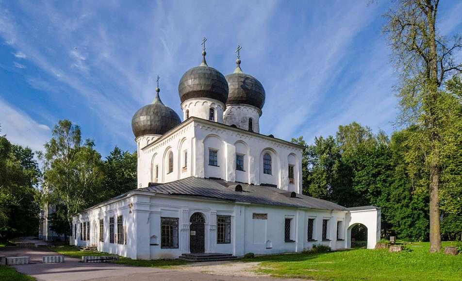 Памятник-музей собор Рождества Богородицы