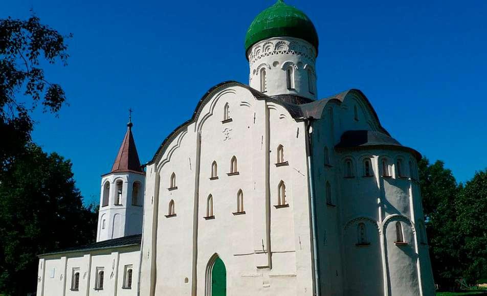 Памятник-музей церковь Фёдора Стратилата на Ручью