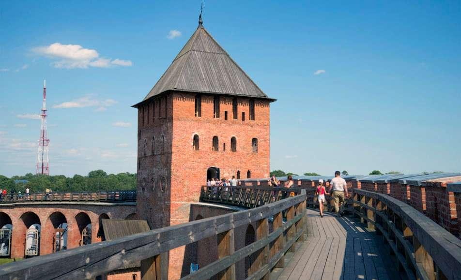 Экскурсия по Кремлю с выходом на боевой ход крепости