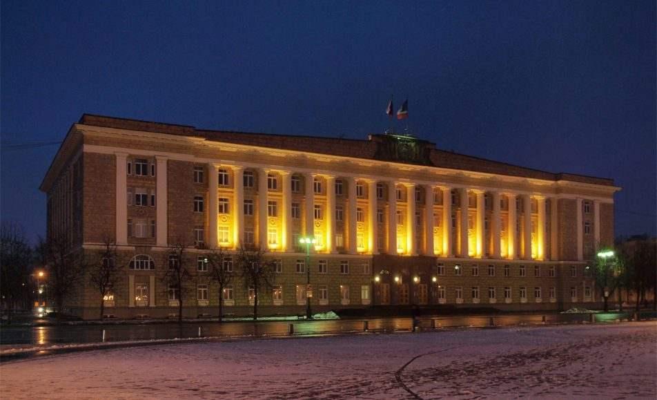 Площадь Победы — Софийская