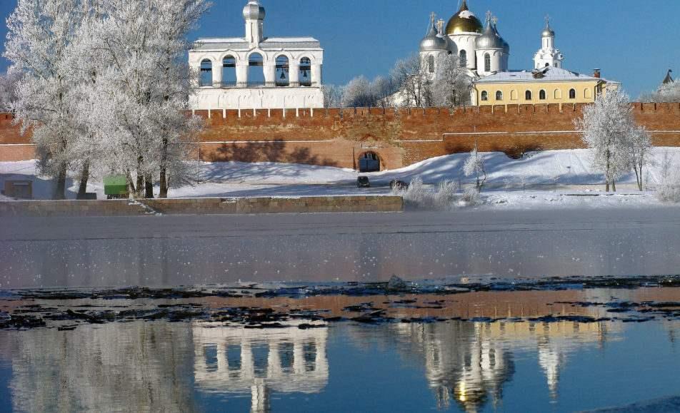 Экскурсии по Кремлю и Ярославову дворищу