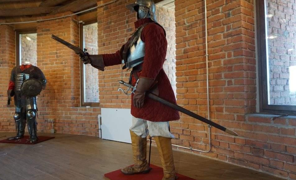 Вооружение и доспехи русских воинов X – XVII веков