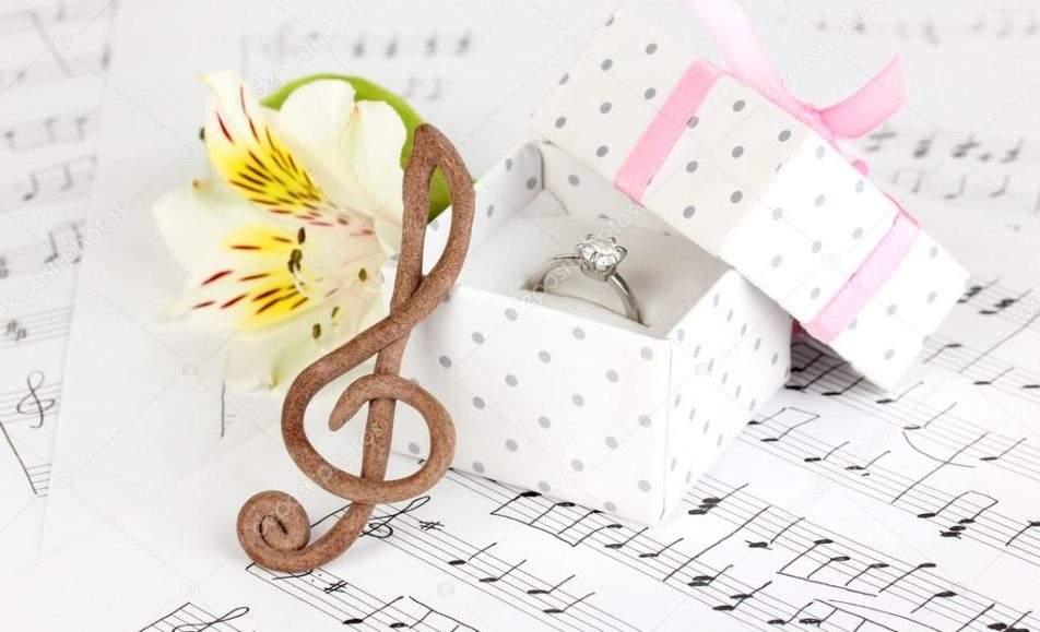 Музыка и женщина