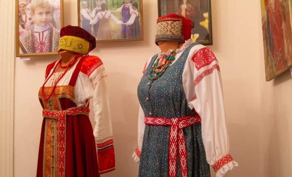 Нет живописней русского наряда
