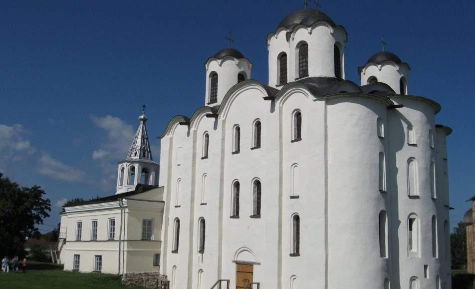 Святой Николай: от путешественника до рождественского Деда